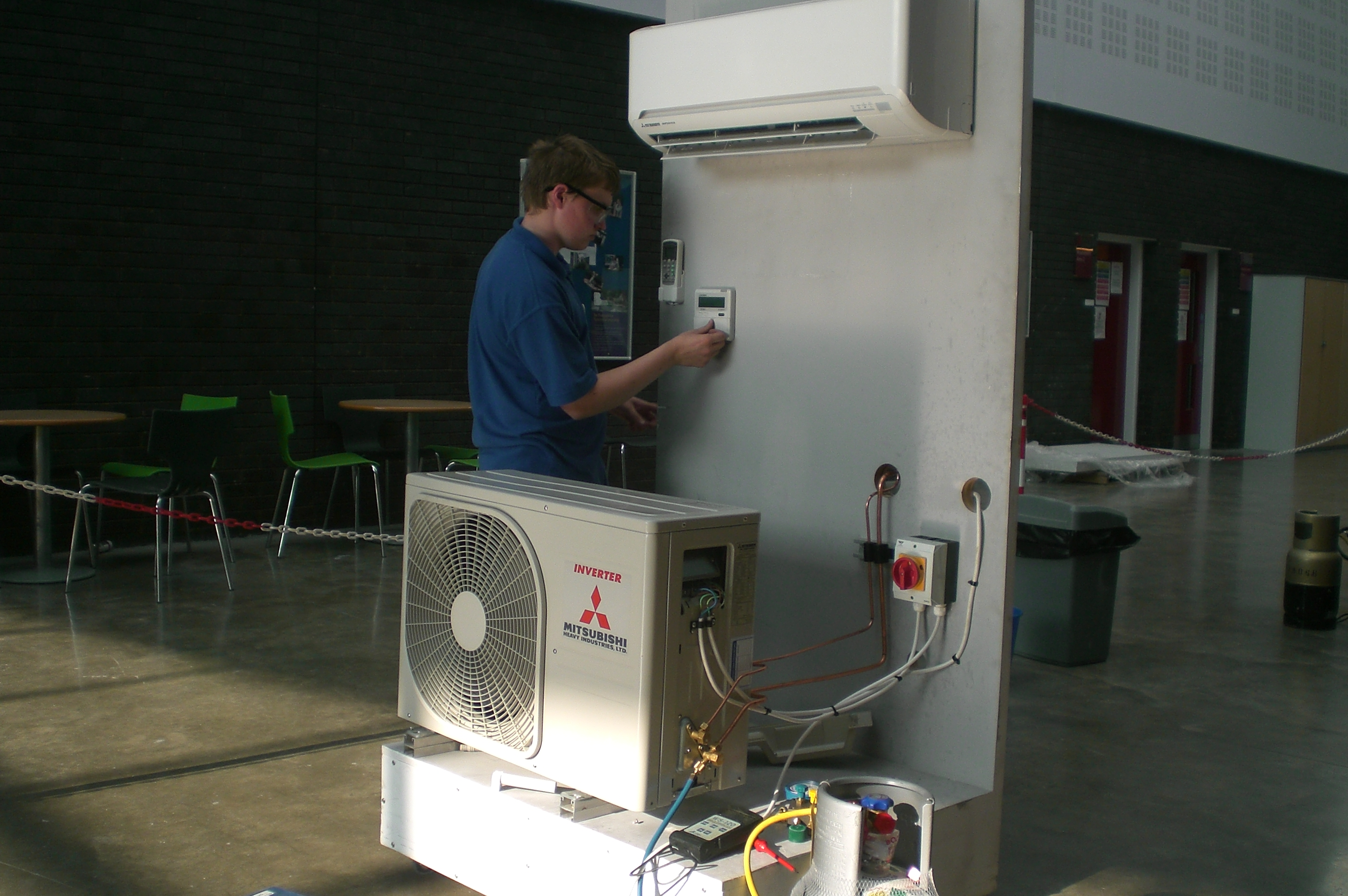 Installation and installation of air conditioning 53